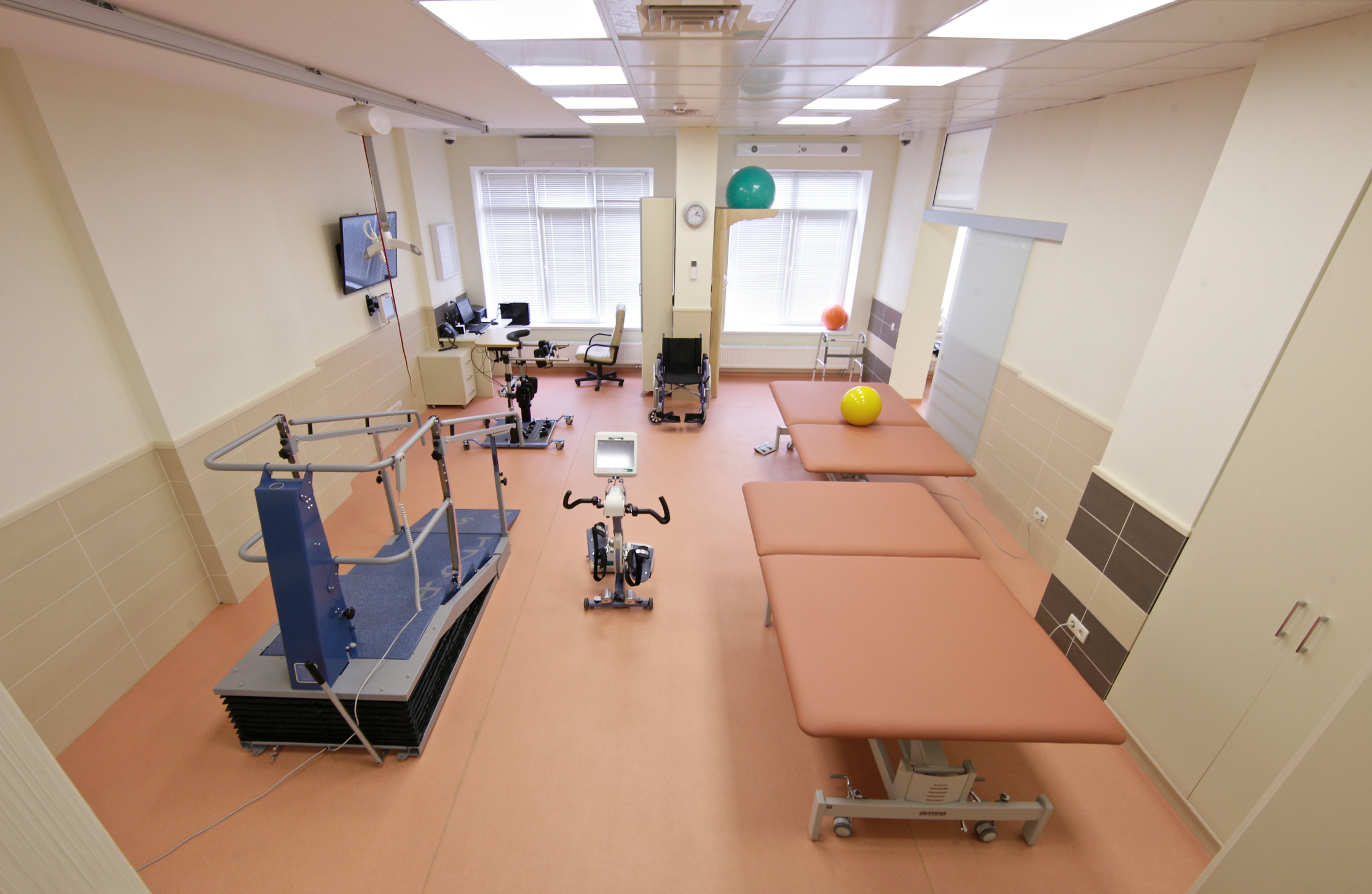 Mechanotherapy. Rehabilitation.aksimed.ua. Rehabilitation Center Aksimed